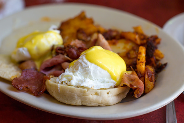 Lucky's Cafe: Taste What Makes This a Local Institution Near 77 H