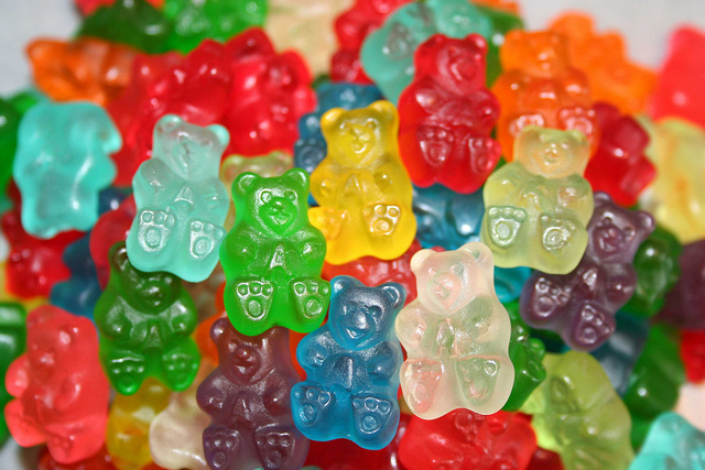 Calling All 77 H Residents With a Sweet Tooth: Get Your Candy Fix at IT'SUGAR!