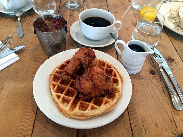 Enjoy Farm-to-Table Brunch Dishes at Founding Farmers